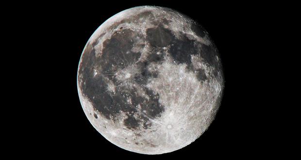 ماه چگونه کار می کند؟