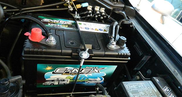 همه ی آنچه که از باتری اتومبیل باید بدانید