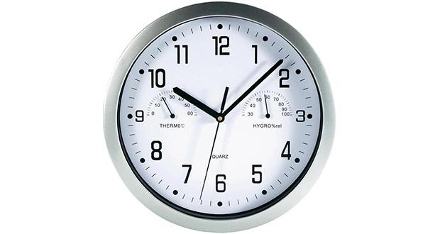 چرا در داخل ساعت، چند قطعه سنگ کار گذاشته می شود؟