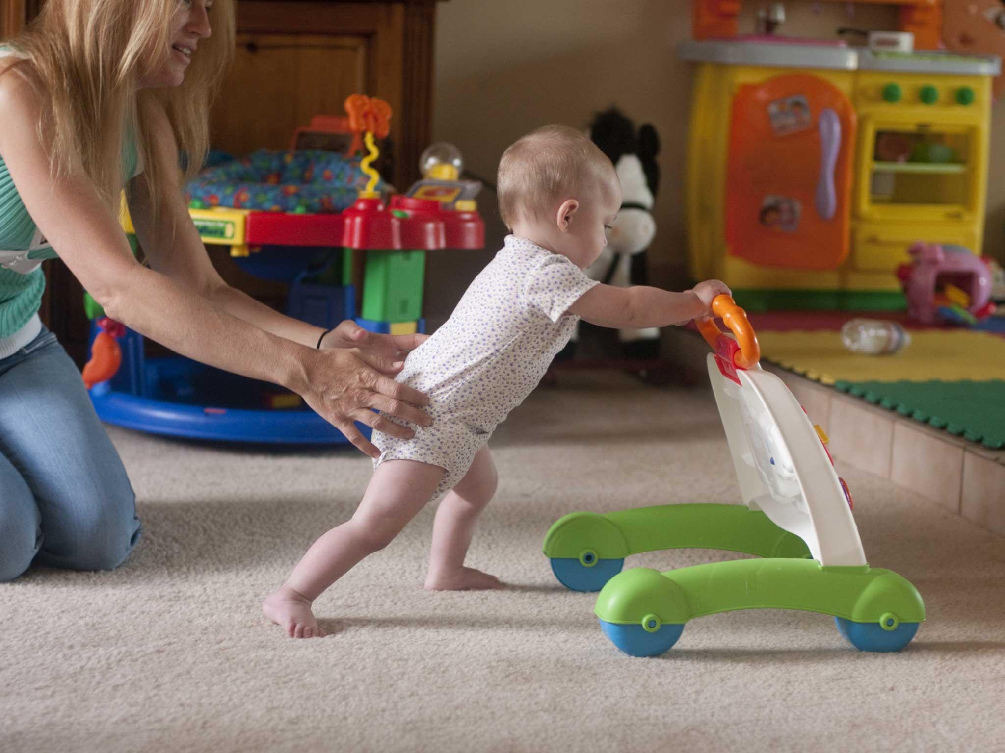 راهنمای خرید اسباب بازی برای کودکان زیر یک سال